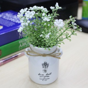 Home Office Decoration and Gift- Beautiful and Elegant Artificial Flower